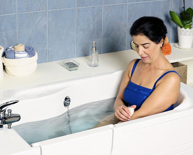 Banheira para banhos de imersão com porta